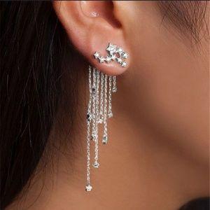 Jewelry - Silver stars dangle earrings
